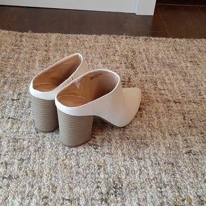 Express slip on shoes, NWOT